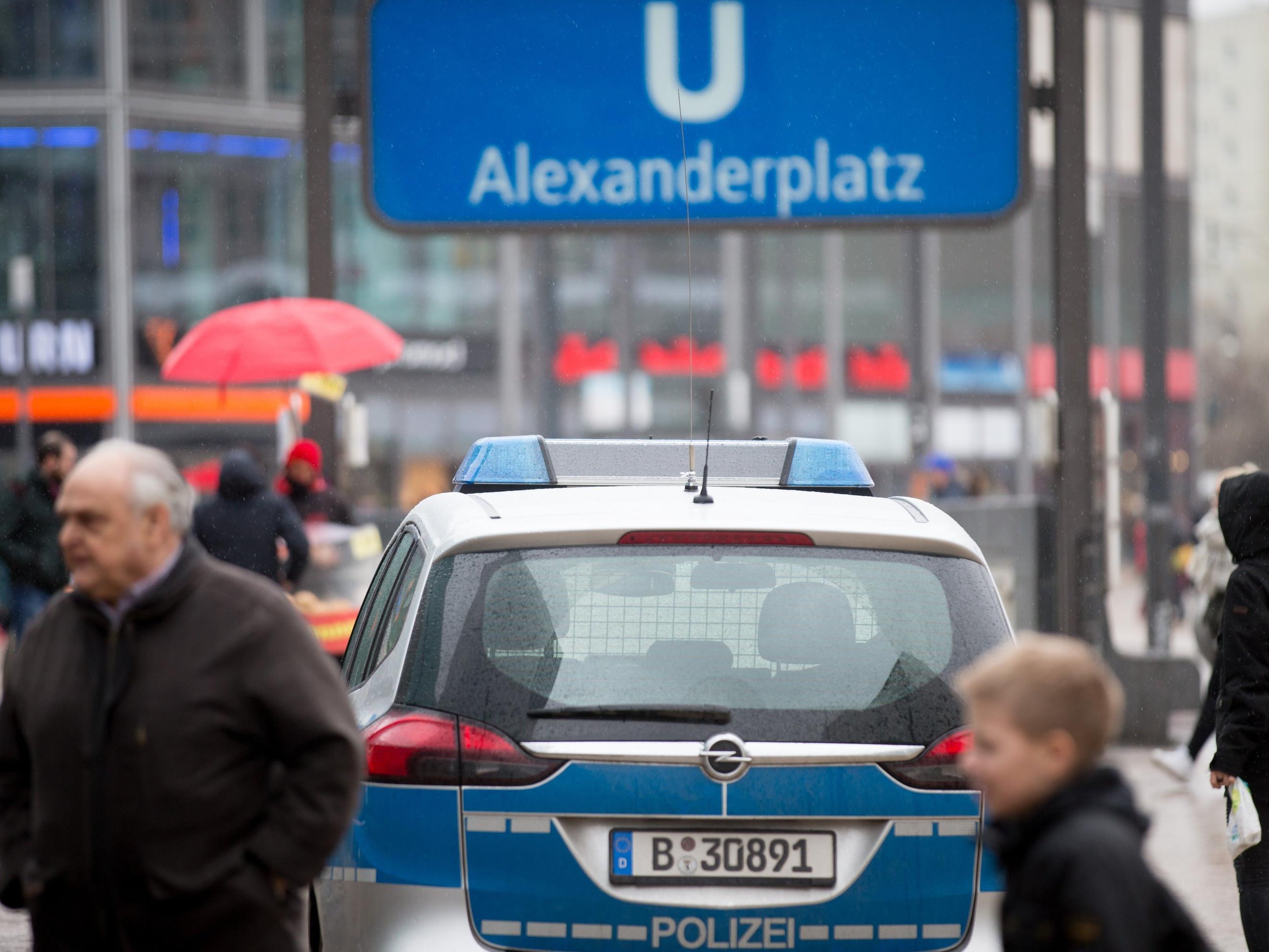 """In Berlin gab es beim """"Karneval der Kulturen"""" sexuelle Übergriffe auf Frauen."""