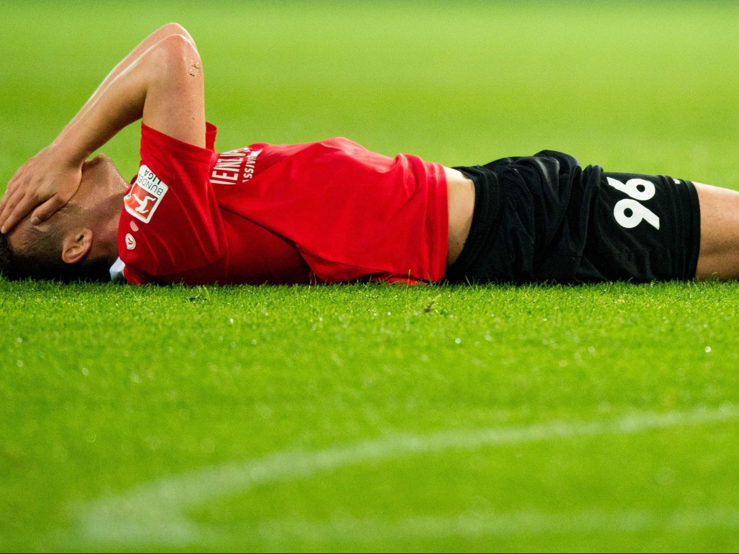 Hannover 96 steht als Absteiger aus der deutschen Bundesliga bereits fest - doch wer folgt?