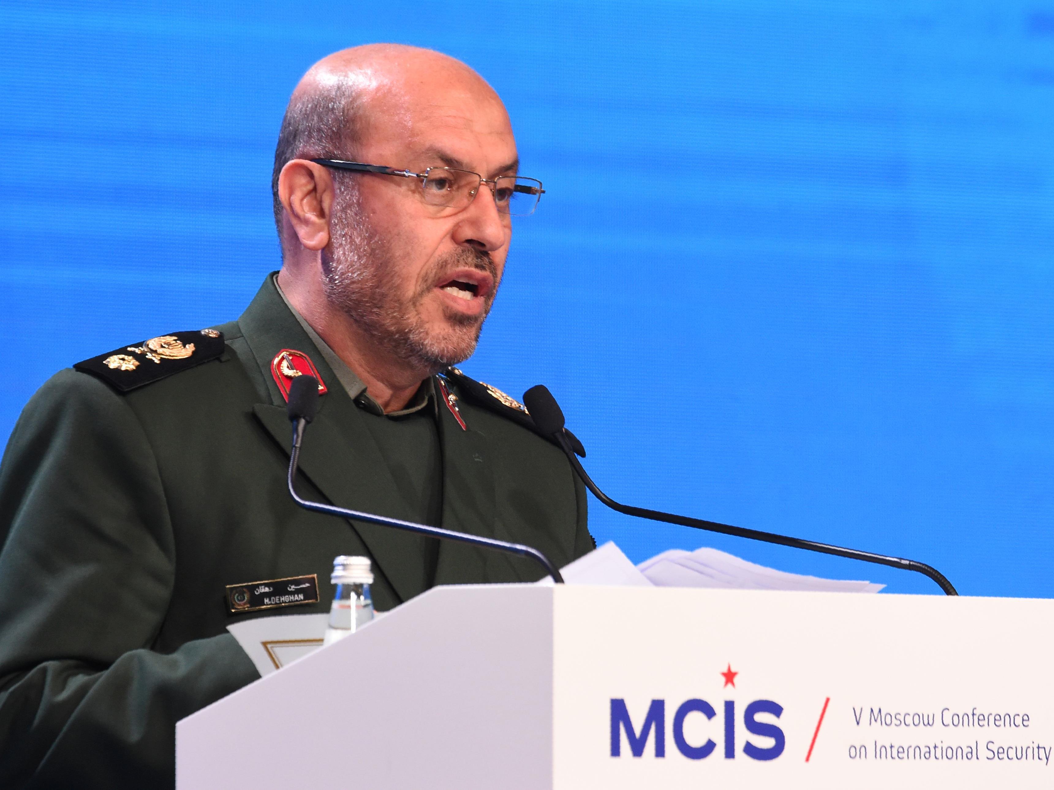 Irans Verteidigungsminister Hussein Dehgahn dementiert Berichte, wonach das Land eine neue Mittelstreckenrakete getestet habe.