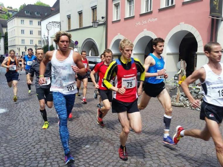 Der Lauf führte vom Sparkassenplatz durch die Neustadt zur Illschlucht und bis zum Vorderälpele.