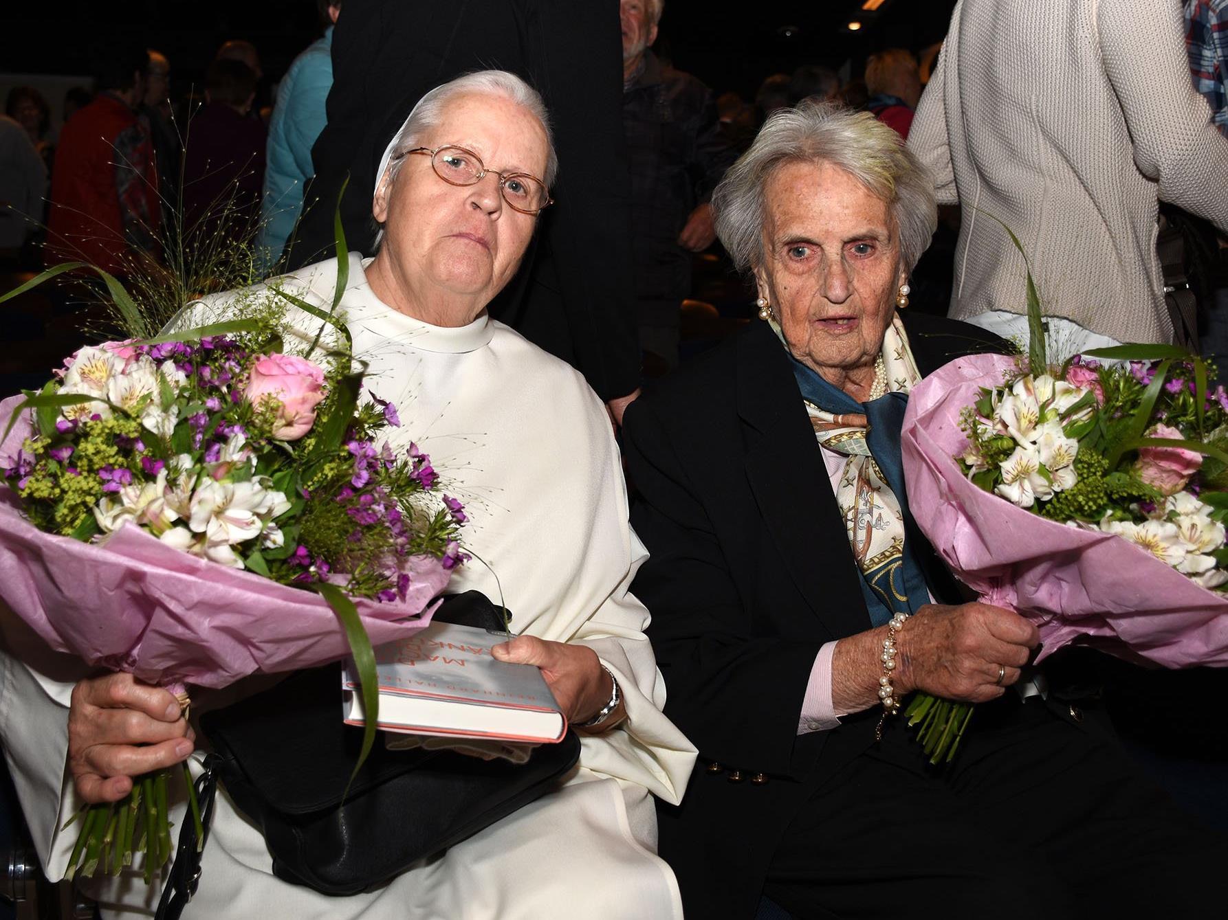 Dominikanerschwester Bernardis Hinrichs und Eleonore Schönborn