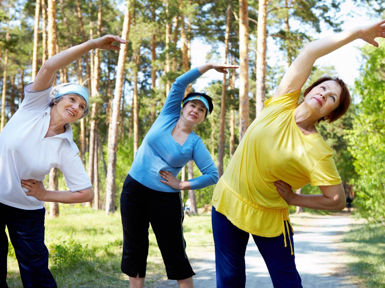 Ein gesunder Lebensstil trägt dazu bei das Schlaganfallrisiko zu reduzieren.