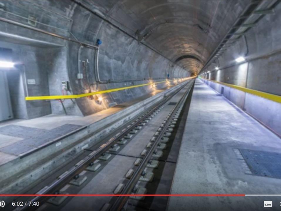 Im 360-Grad-Video geht es durch den Gotthard-Tunnel.