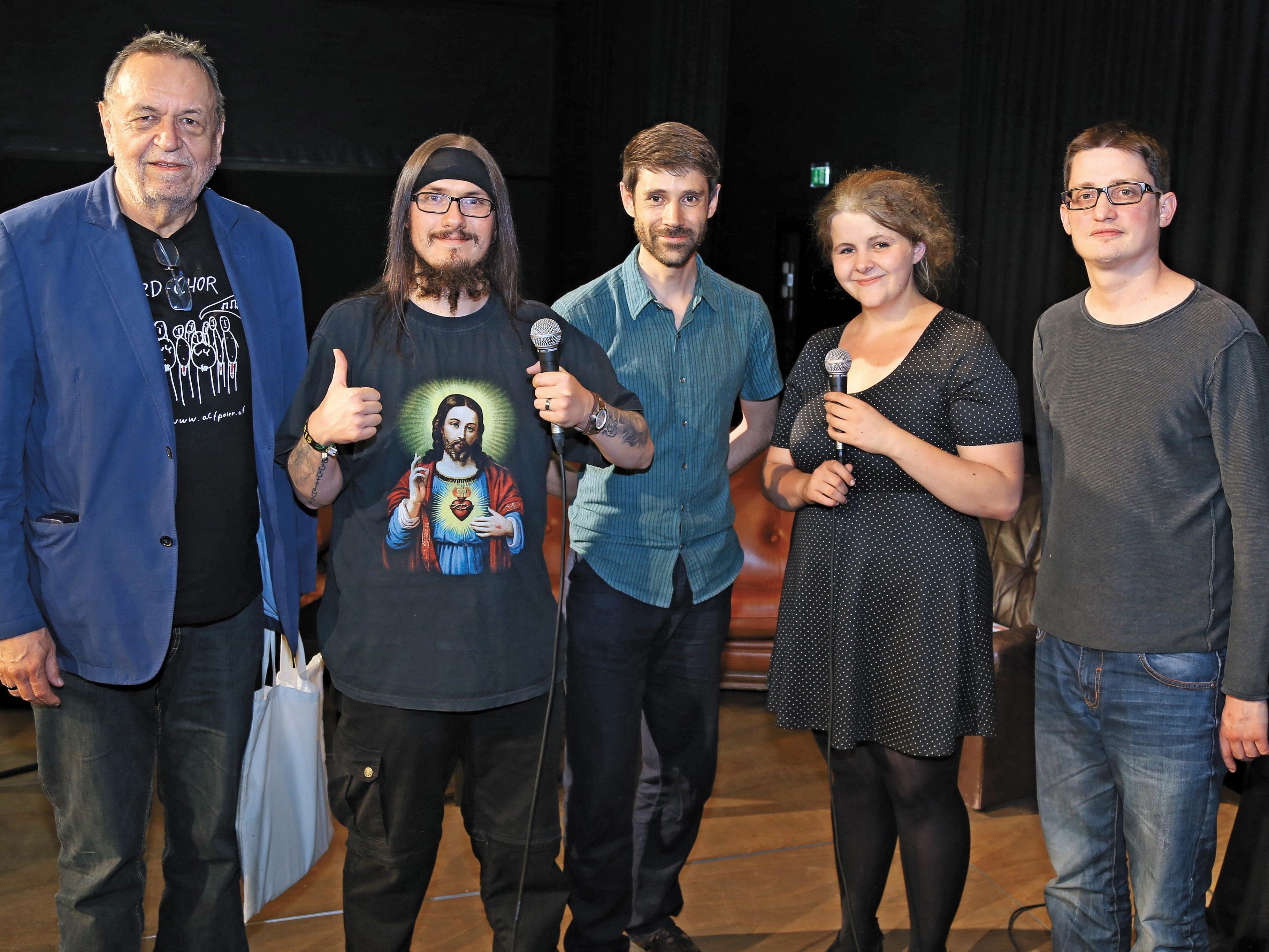 Die Poetry-Slam-Künstler: Ulrich Gabriel, J-Man, Moderator Tom Astleitner, Teresia Gröchenig und Peter Frick (v. l.).