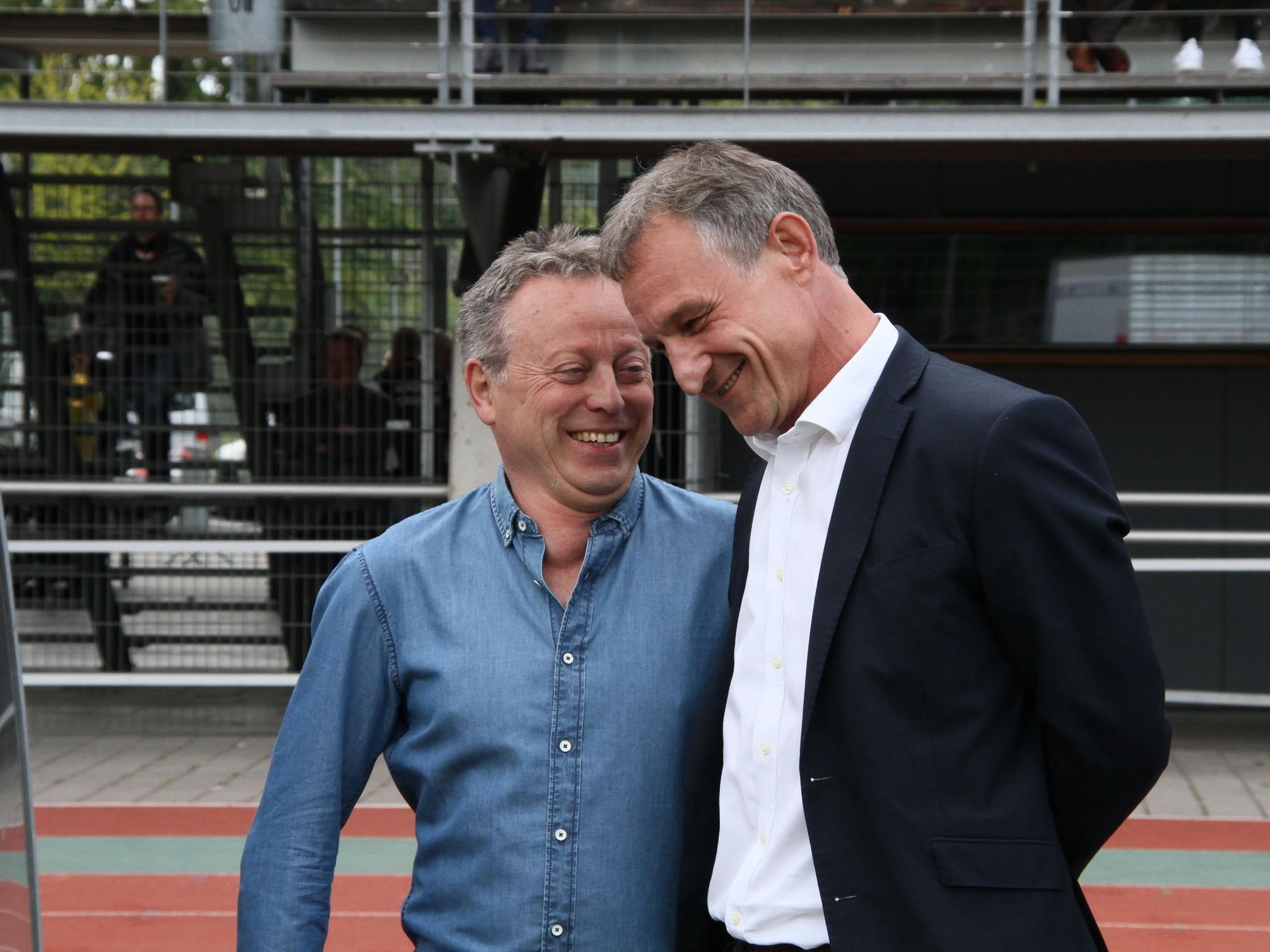 Smalltalk von Bürgermeister Markus Linhard und Regi van Acker