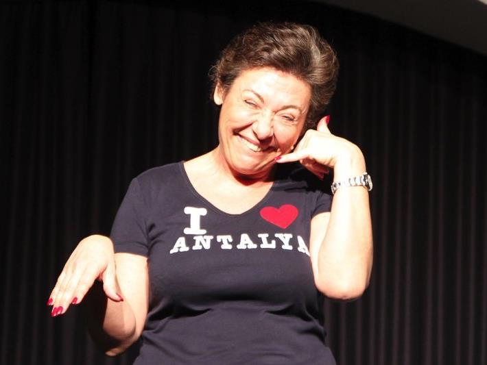 Überzeugte durch ulkige Mimik und Gestik: Kabarettistin Andrea Händler