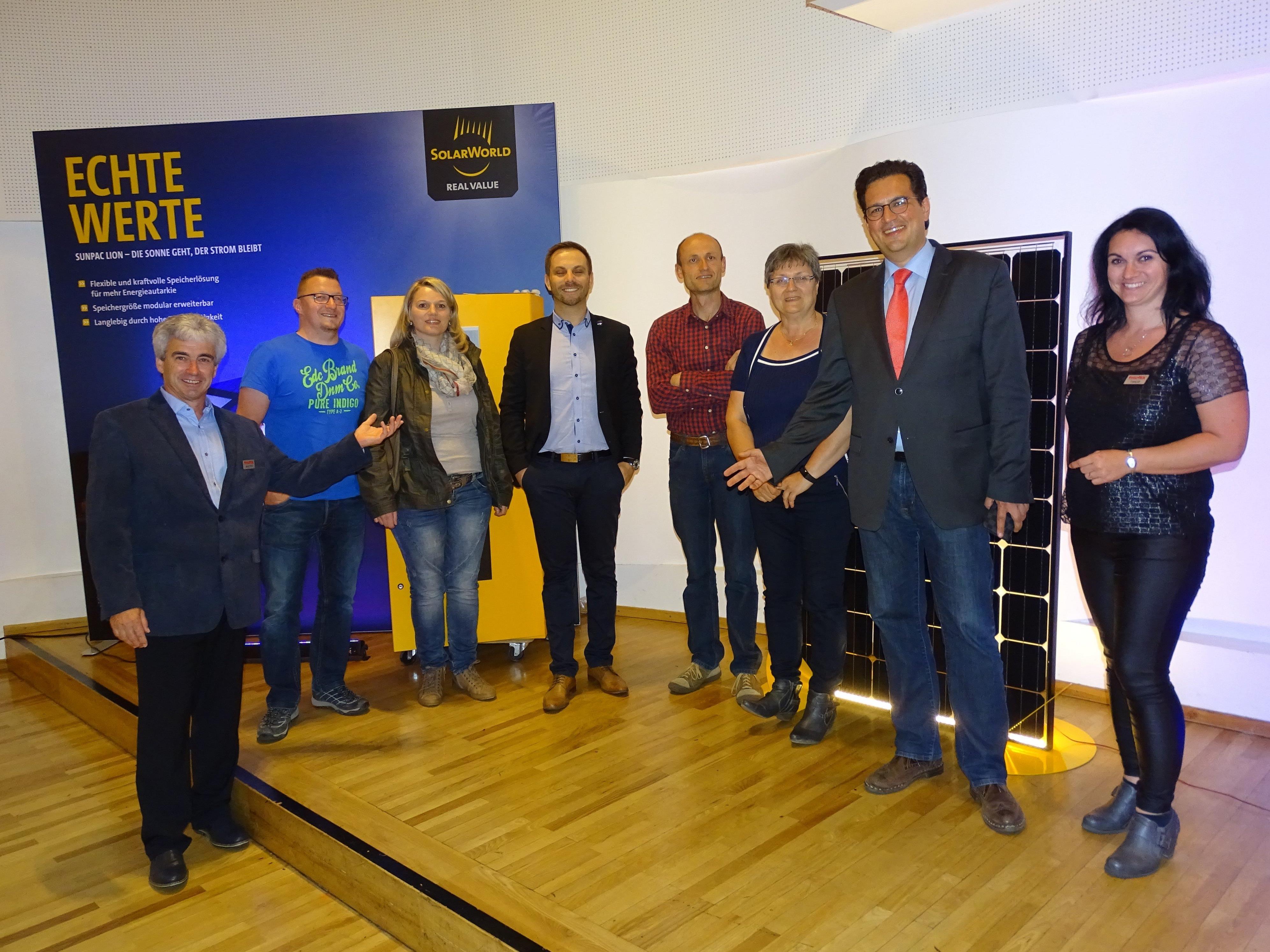 """Informationen rund um das Thema Energie: Filmpremiere """"Energiewende 3.1"""" samt Photovoltaik-Ausstellung im Leiblachtalsaal in Hörbranz."""