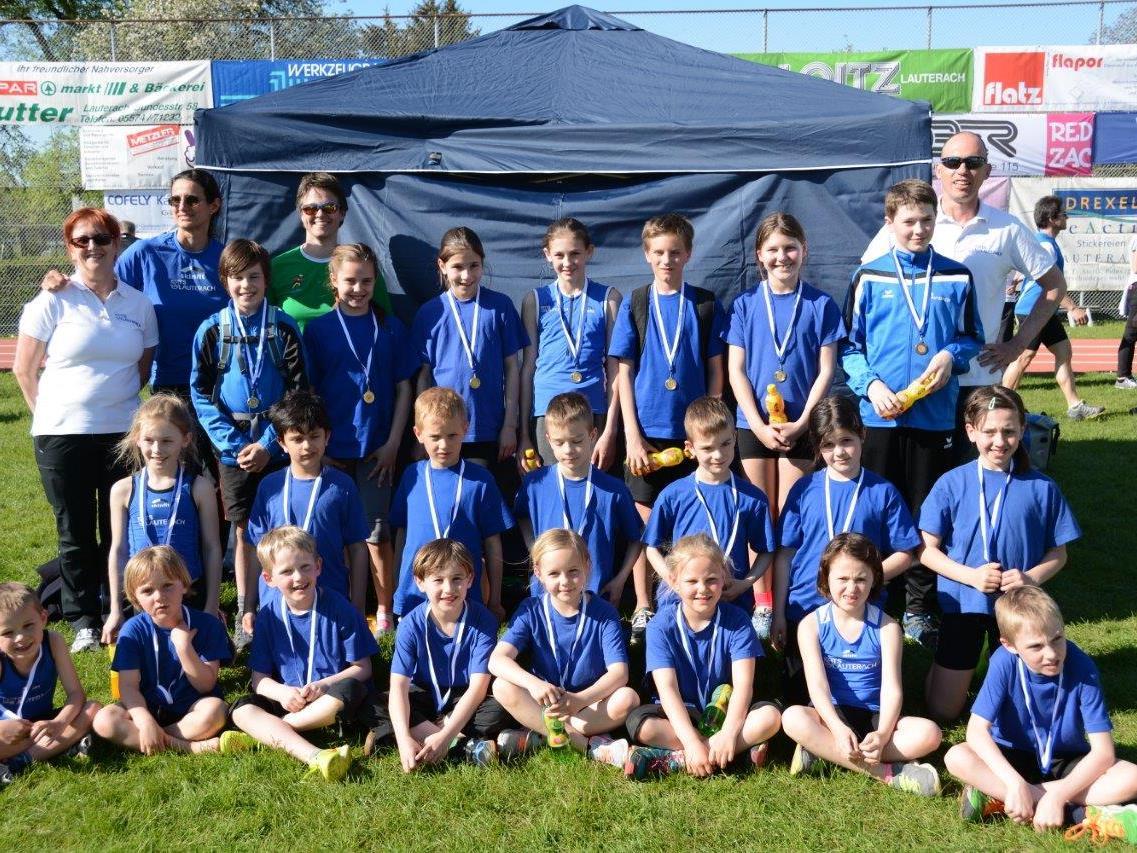 Große TSL Mannschaft beim Sprintmeeting