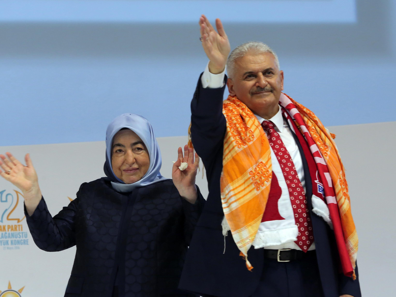 Der Erdogan-Vertraute Binali Yildirim wurde zum neuen Vorsitzenden der AKP und zum Ministerpräsidenten der Türkei gewählt.