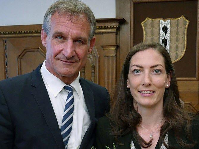 Bürgermeister Linhart und Neo-Stadträtin Marte.