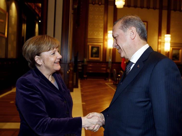 verhärten sich die Verhärtete Fronten im Konflikt um den Flüchtlingspakt mit Ankara