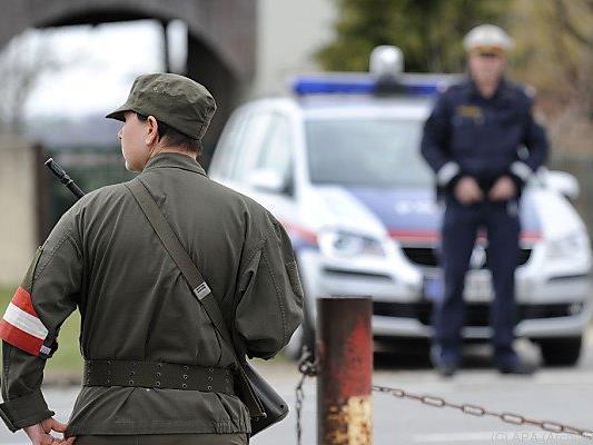 Soldaten sollen Polizisten beim Bewachen ablösen