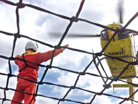 Hubschrauber brachte den verletzten Bub ins Spital