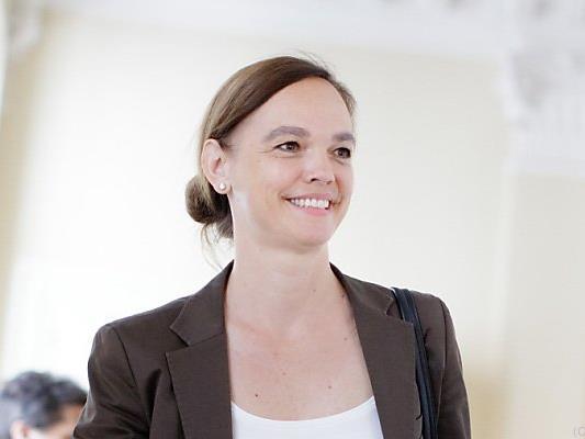 Bildungsministerin Sonja Hammerschmied