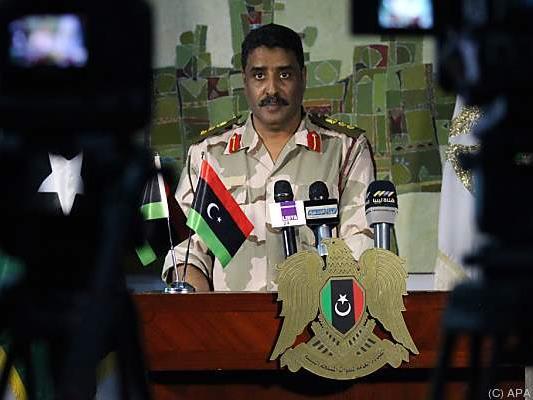 Ein Sprecher der oppositionellen Truppen gibt Auskunft