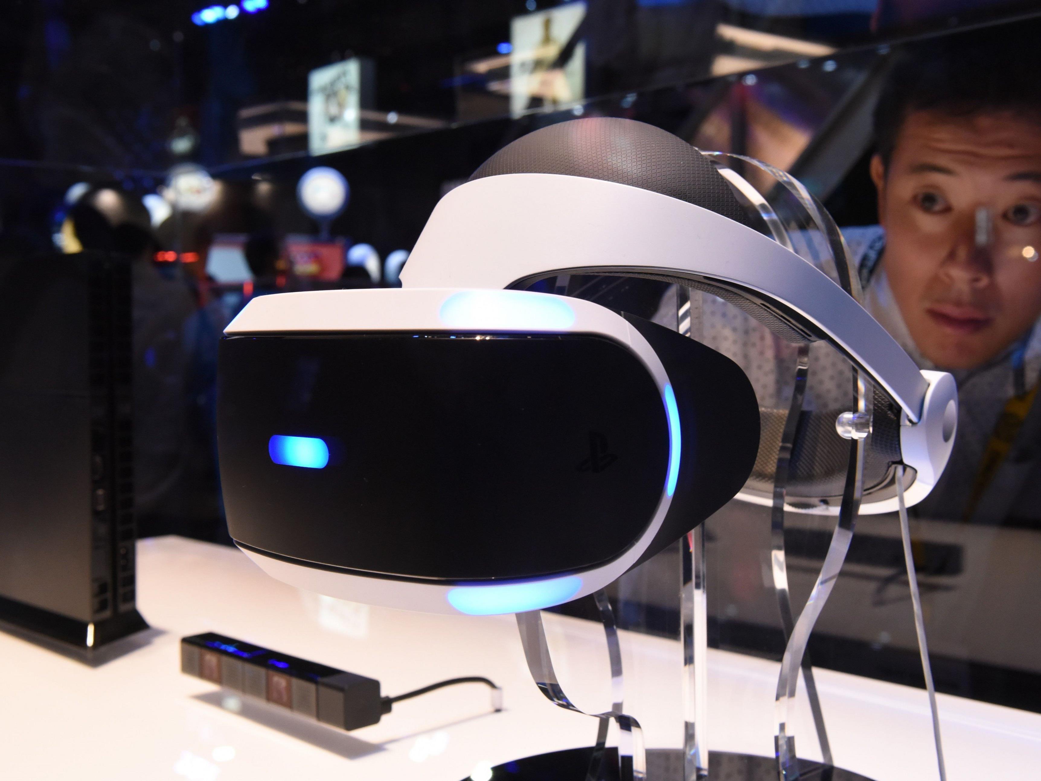 Die Playstation VR-Brille soll 400 Euro kosten.