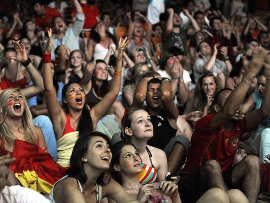 Welche Fans jubeln bei der EM am lautesten?