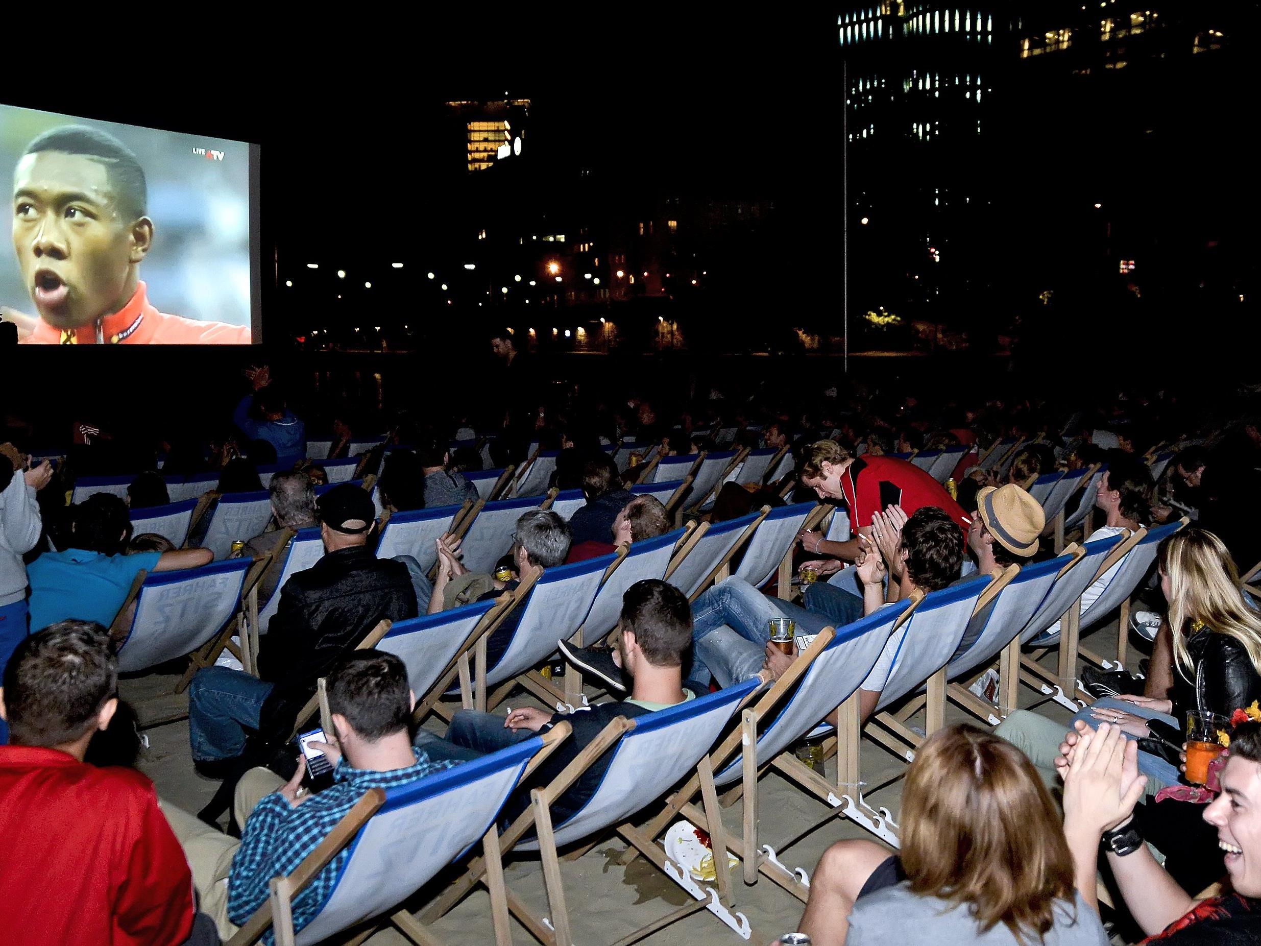 Public Viewing erfreut sich immer steigender Beliebtheit.