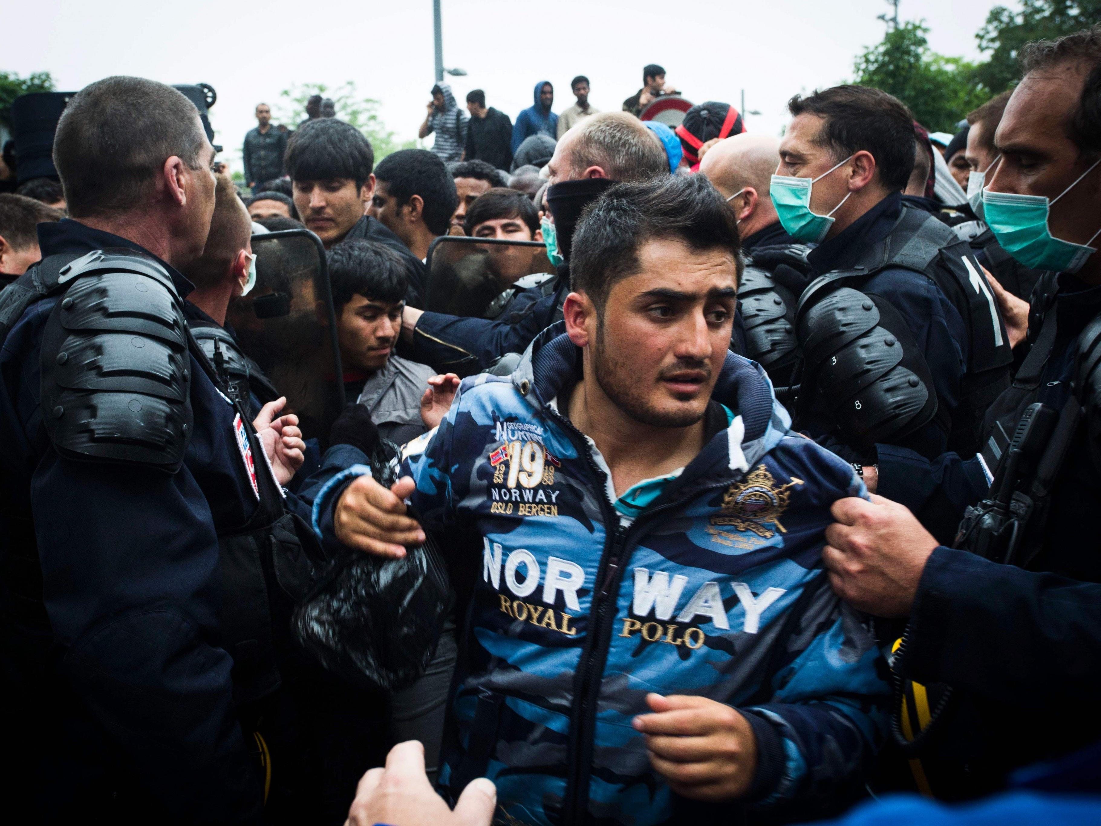 Die FPÖ Vorarlberg fordert die Kürzung der Mindestsicherung für befristet Asylberechtigte und subsidiär Schutzsuchende.