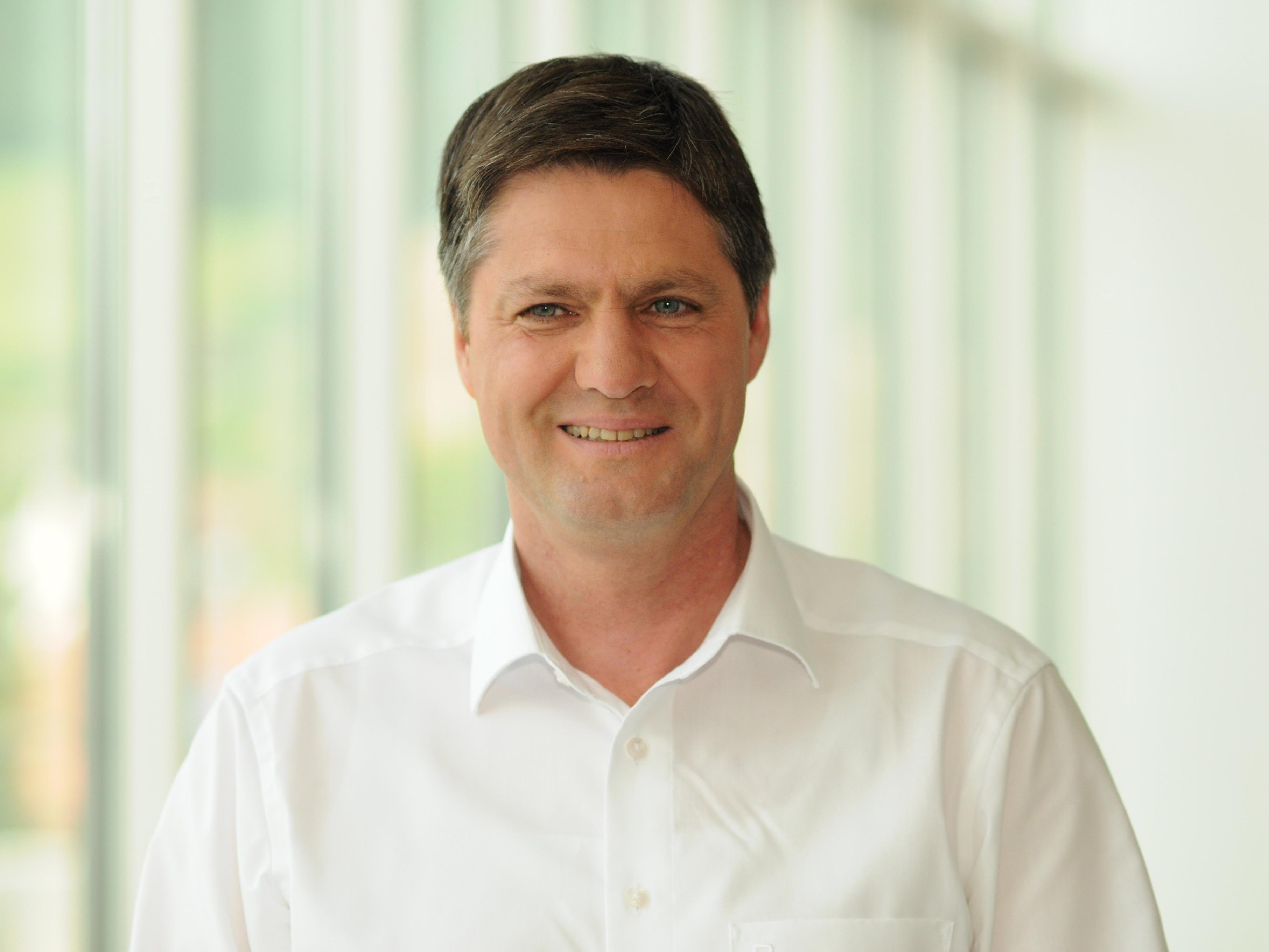 Daniel Allgäuer als FPÖ Bezirksparteiobmann wiedergewählt