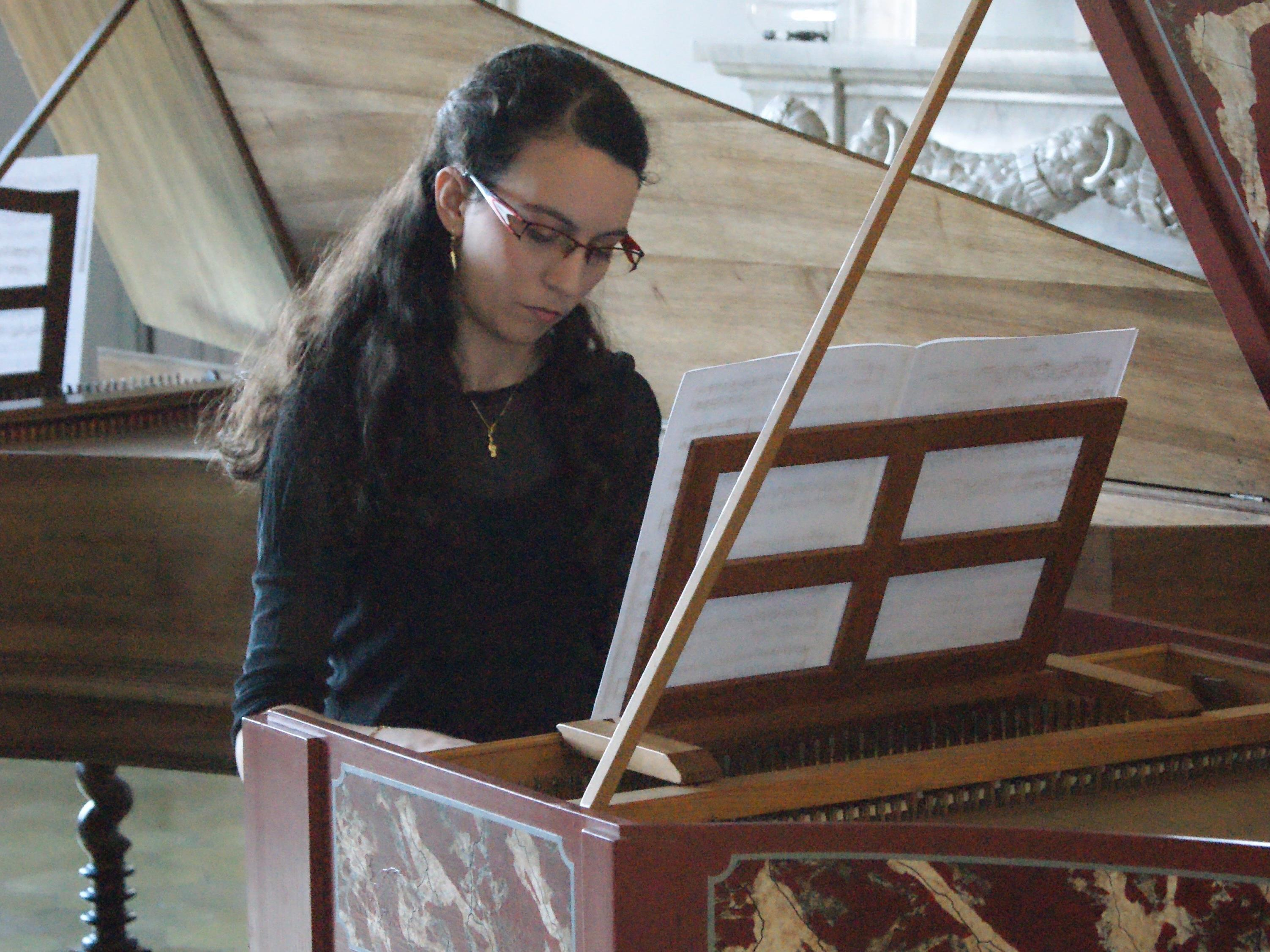 Eva-Maria Hamberger spielt Teile aus ihrem Master-Konzertprogramm.