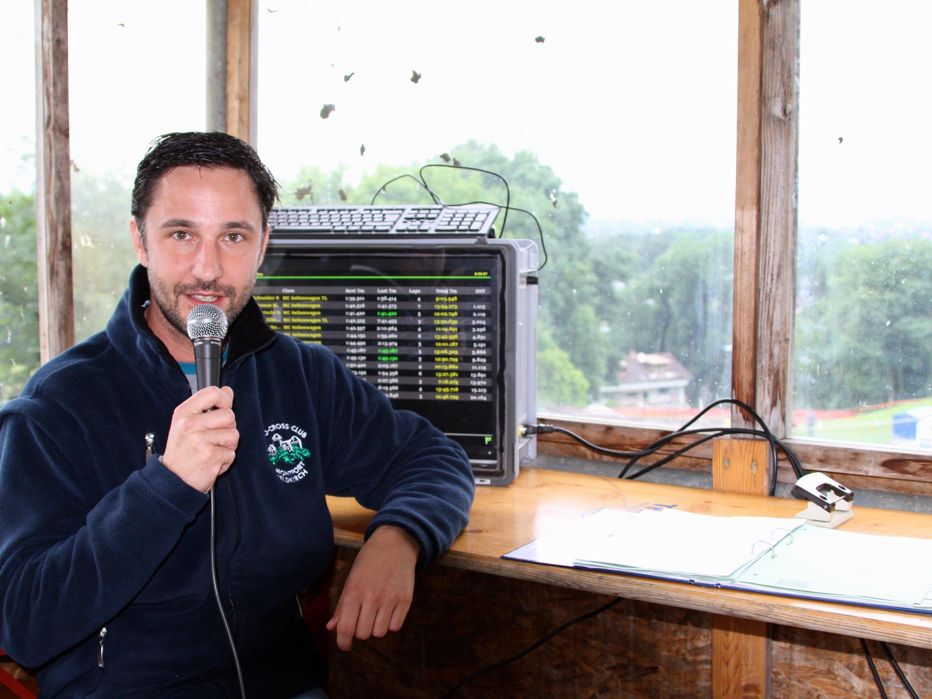Andreas Walser vom MCCM Feldkirch moderierte die Rennen sehr souverän.
