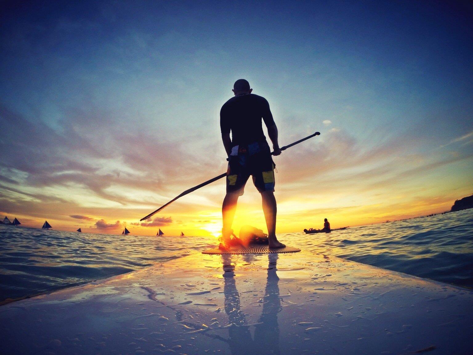 Stand up Paddling - die Trendsportart zu Wasser