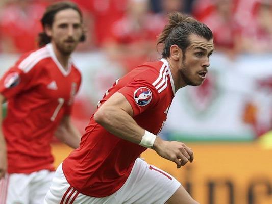 Russland trifft in Runde drei der EM-Gruppe B auf Wales.
