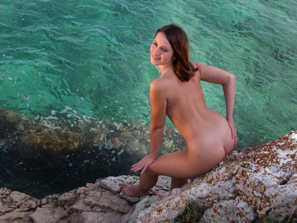 Keine andere Nation ist lieber nackt am Strand.
