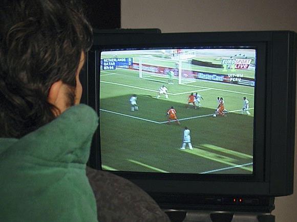 Blau machen, um zur EM Fußball zu schauen? Das ist arbeitsrechtlich natürlich ein Problem