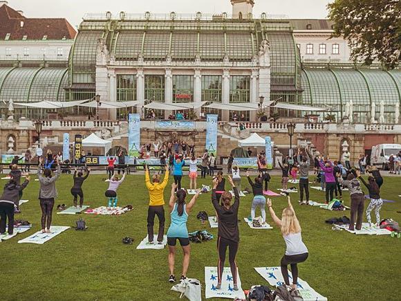 Bei der JOYA Yoga Convention 2016