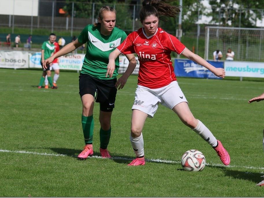 Die Bregenzerin Irina Zaworka (l.) spielt nun in Rankweil