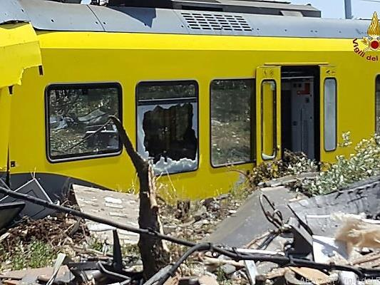 Zwei Züge stießen zwischen Ruvo und Corato zusammen