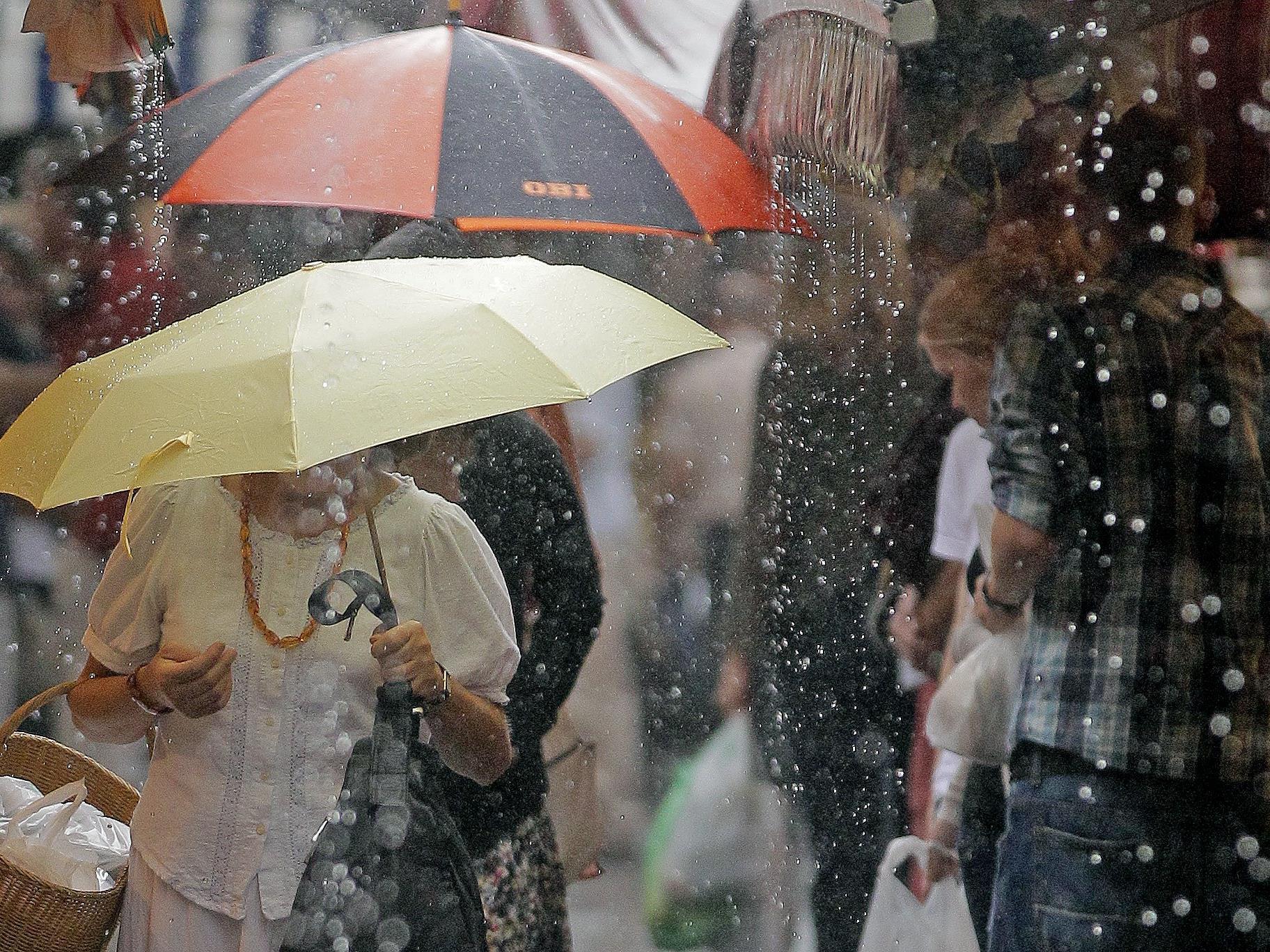 Regen und Gewitter erwarten uns nach der Hitze vom Wochenende.