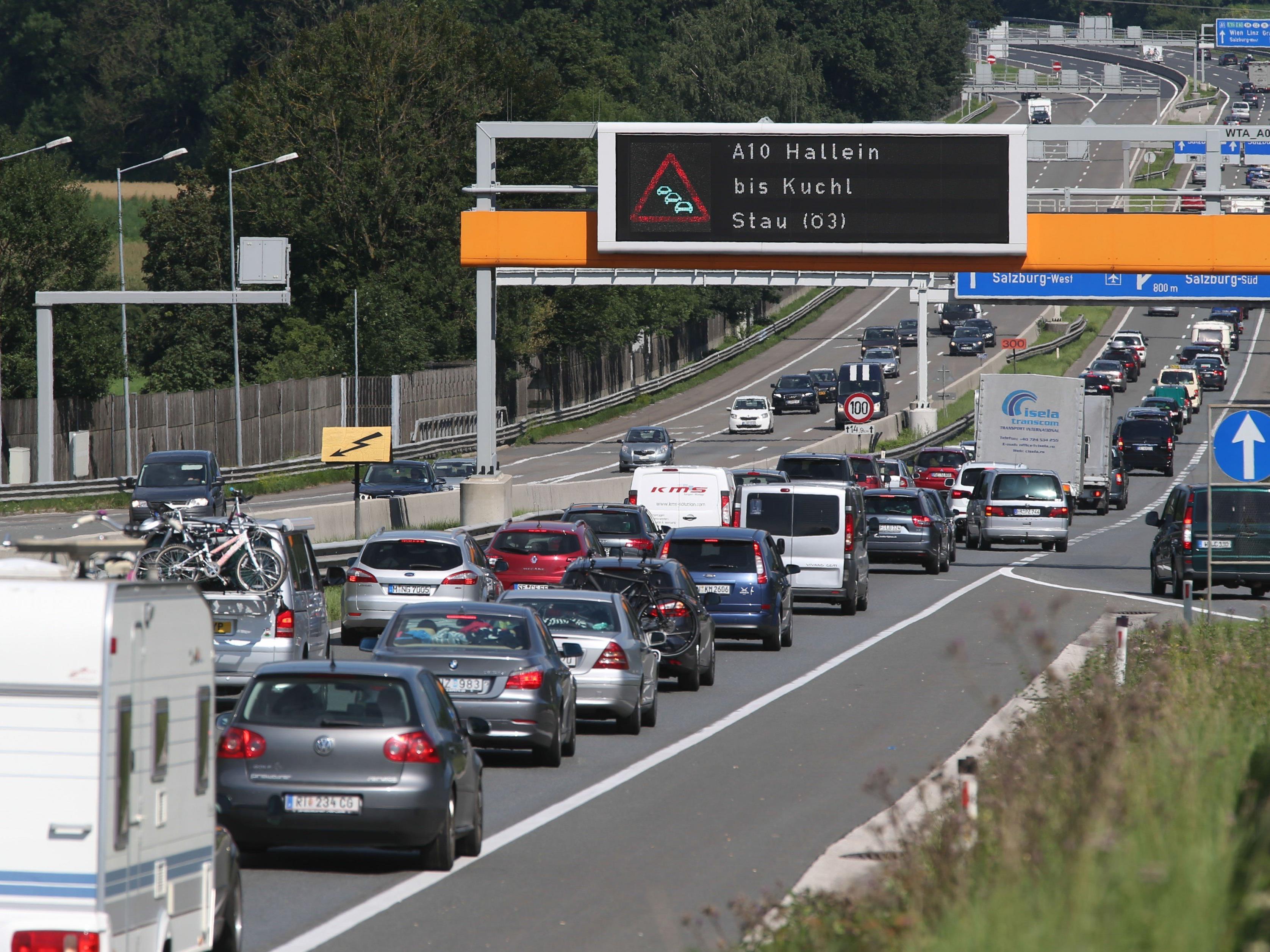 Am Wochenende ist auf Grund des Ferienstarts in Deutschland und der Schweiz mit erhöhtem Verkehrsaufkommen zu rechnen.