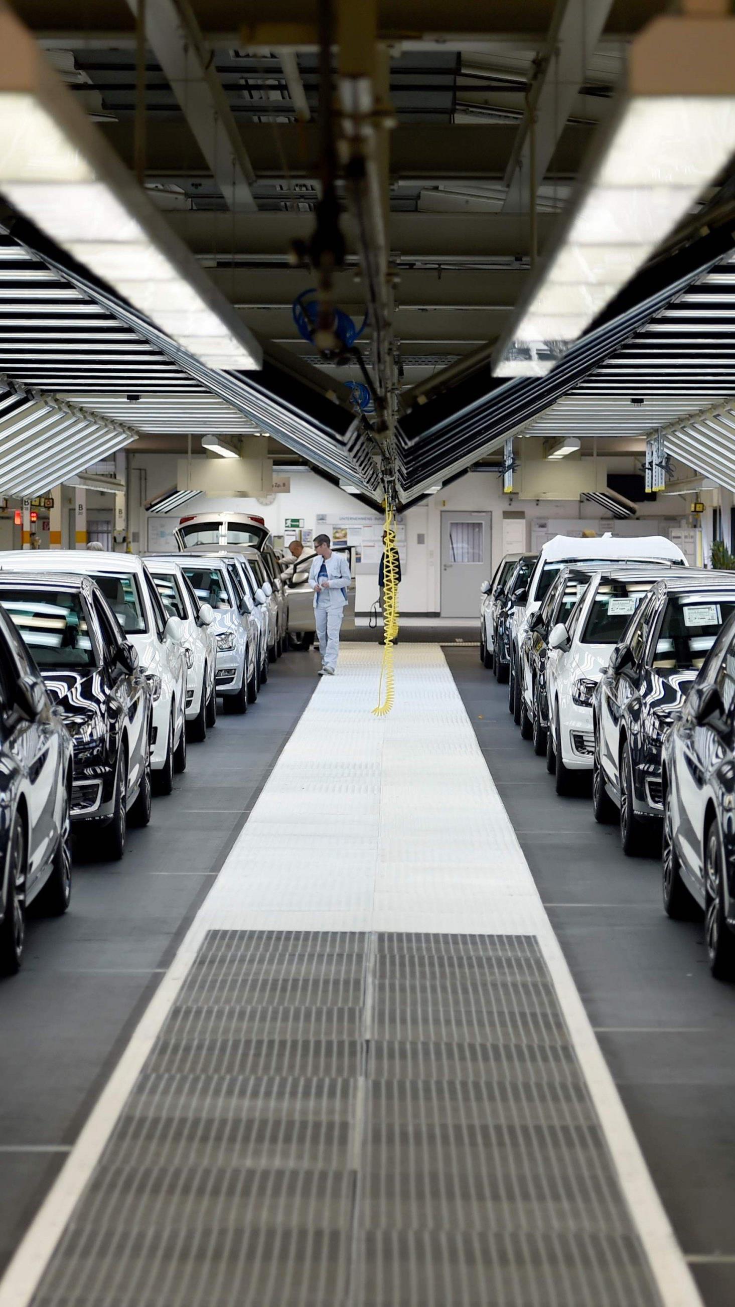 Das deutsche Bundeskartellamt nimmt laut einem Zeitungsbericht den Stahleinkauf von Autobauern unter die Lupe.