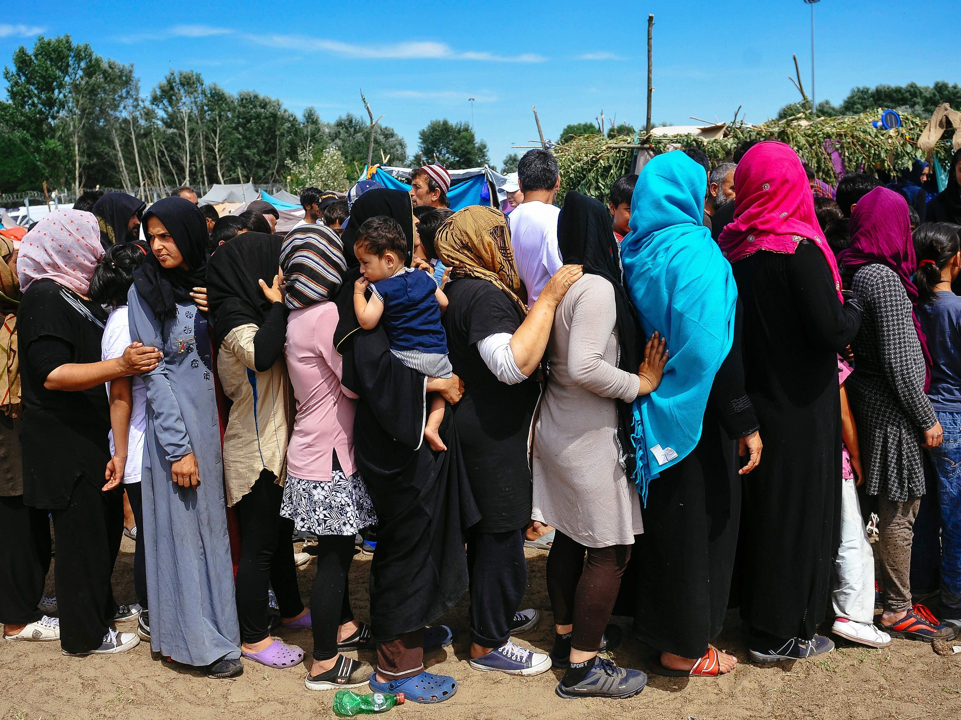 """""""System führt zu neuen Flüchtlingswellen"""" - Grenzsicherung soll Vorrang haben."""