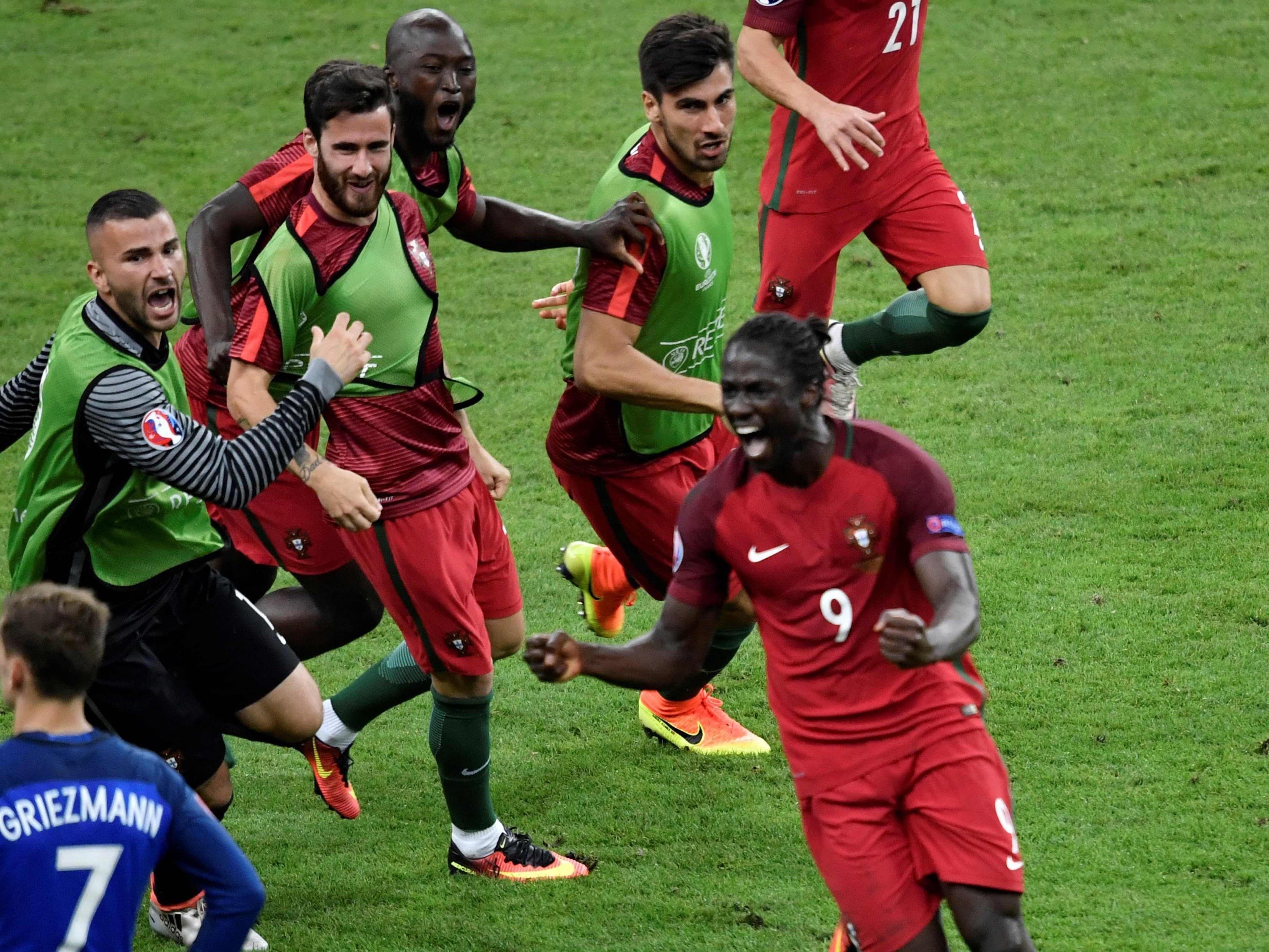 Der eingewechselte Éder schoss Portugal zum EM-Titel.