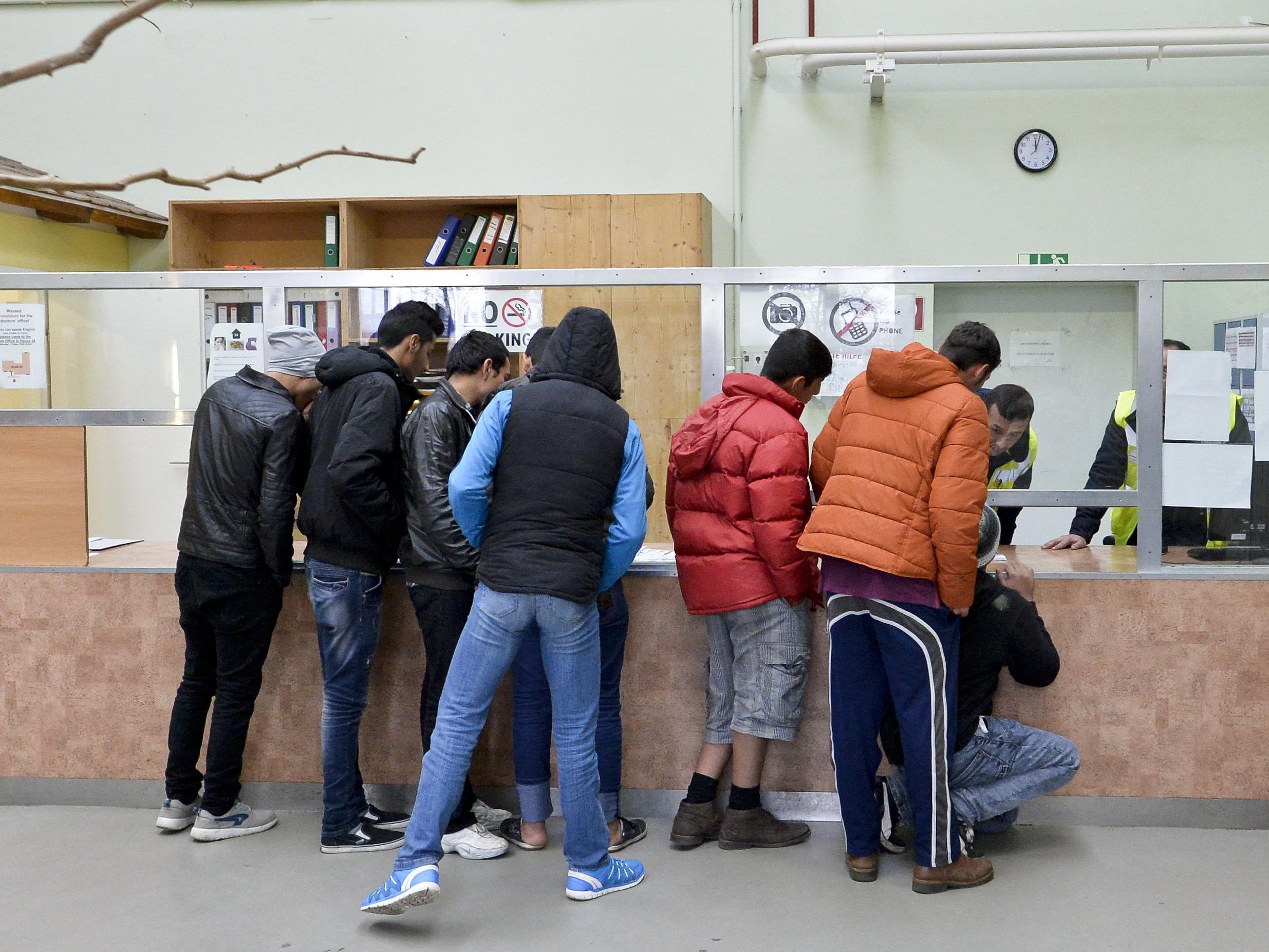 Hält der Abwärtstrend bei den Asylanträgen an?