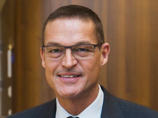 Kulturlandesrat Christian Bernhard (ÖVP) macht eine Landesbeteiligung an der Bewerbung zur Kulturhauptstadt 2024 vom inhaltlichen Konzept abhängig.