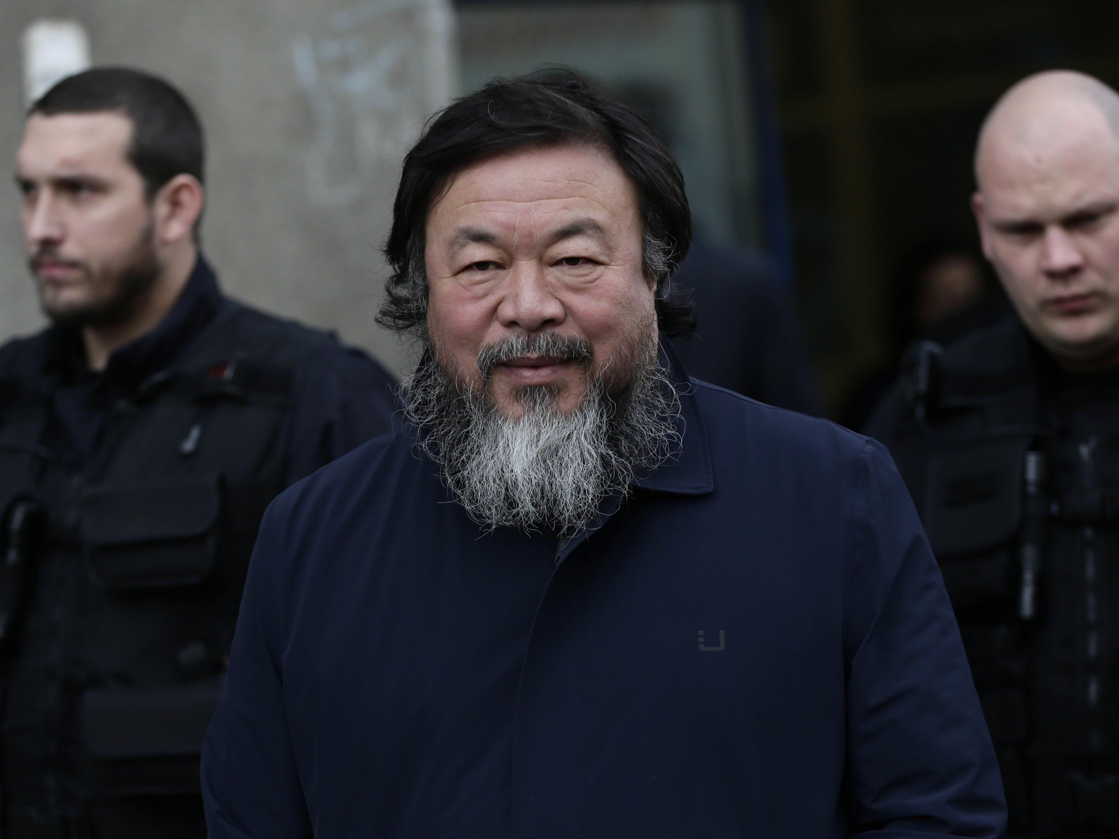 VOL.AT zeigt die Pressekonferenz des Künstlers zur Ausstellungseröffnung im 21er Haus in Wien und einen Teil der Führung mit Ai Wei Wei im Live-Stream.