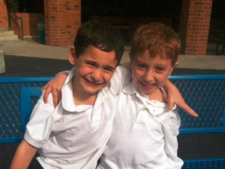 Dylan Siegel (l.) und sein kranker Freund Jonah.