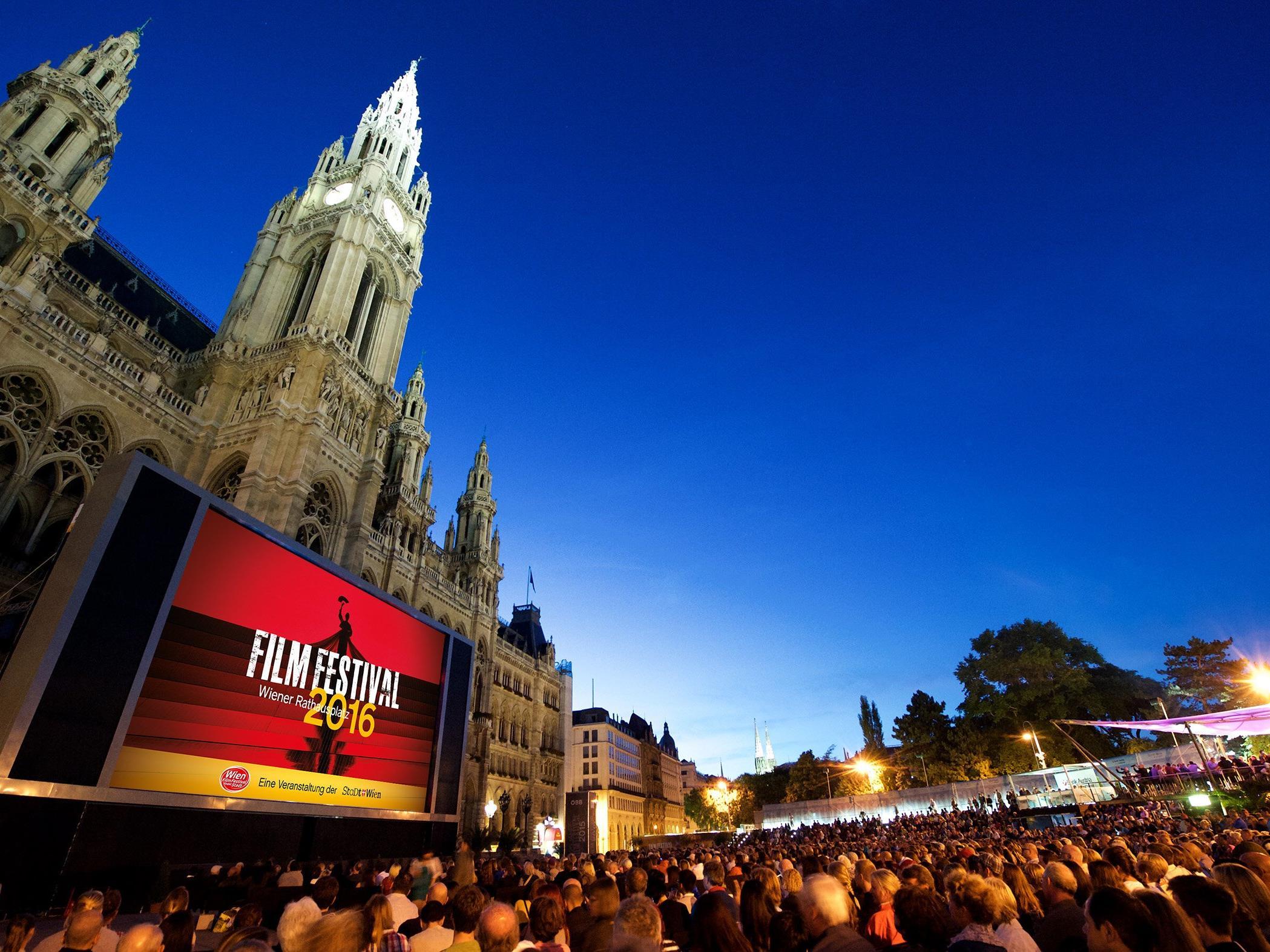 Das Wiener Film Festival findet auf dem Rathausplatz statt.