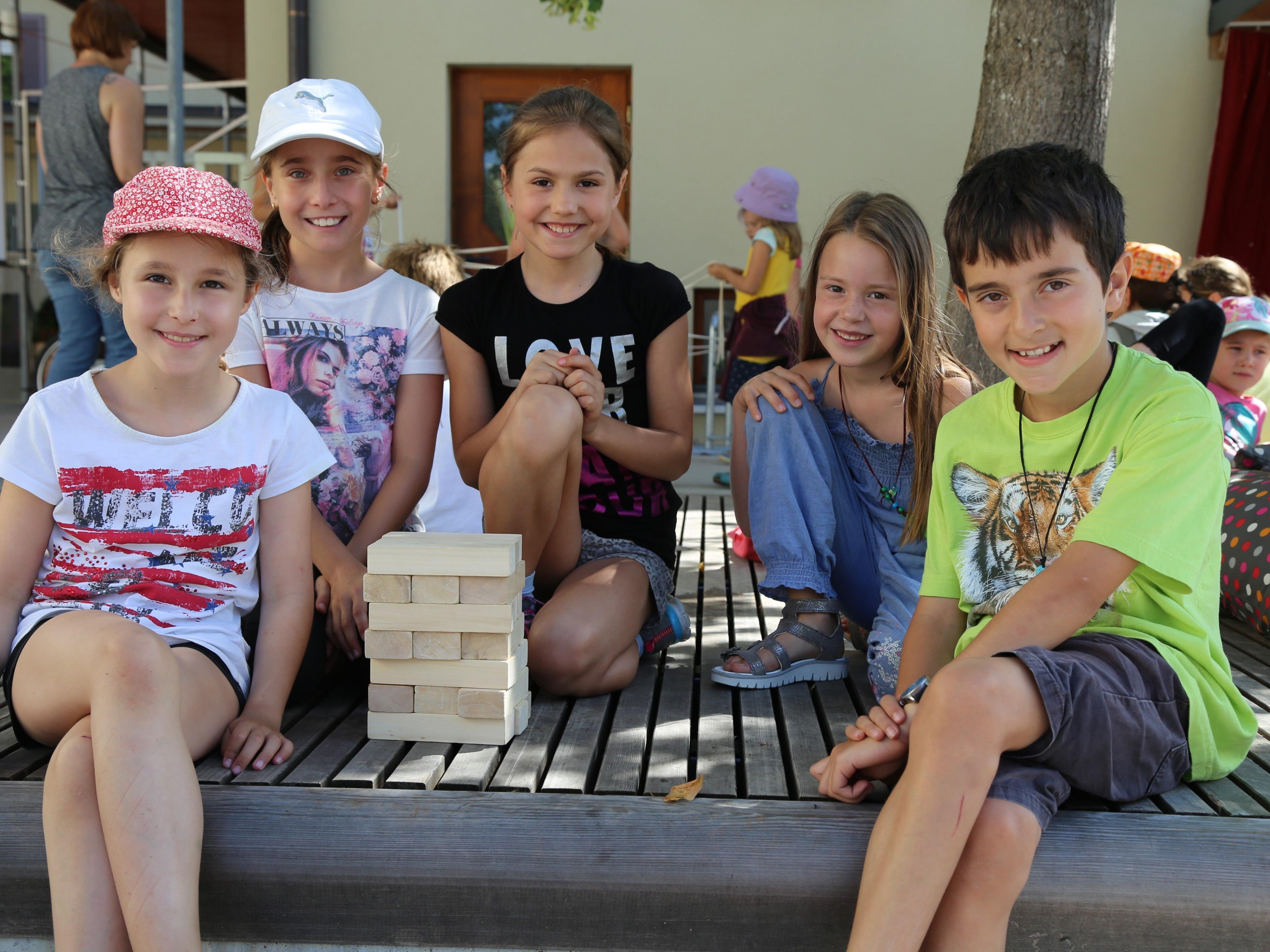 Rund 200 Kinder stürmten das Spielefest im bugo-Platz in Göfis.