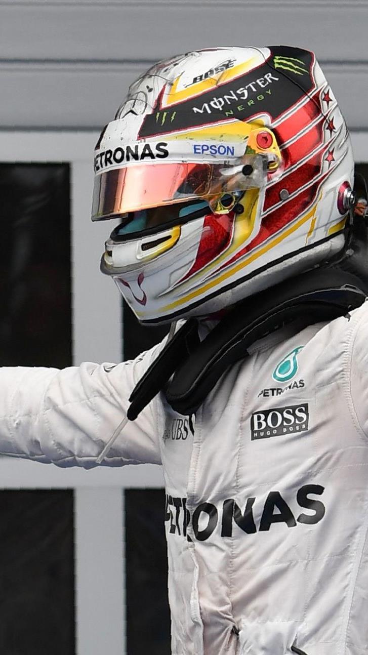 Lewis Hamilton holte sich mit einer dramatischen Schlussrunde den Sieg im GP von Österreich.