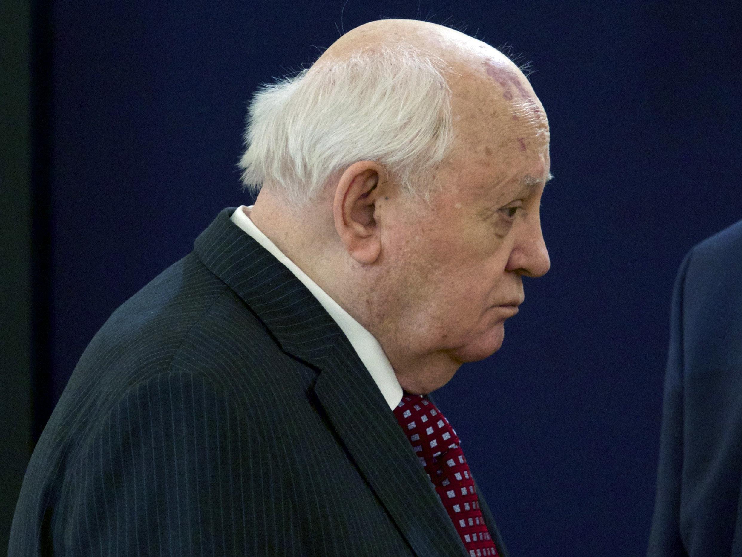 Der russische Friedensnobelpreisträger Michail Gorbatschow hat der NATO Kriegstreiberei vorgeworfen.