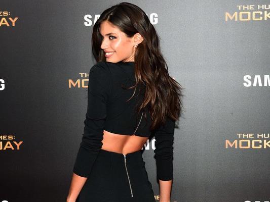 Die schöne Portugiesin Sara Sampaio hat sich für GQ Spain ausgezogen.