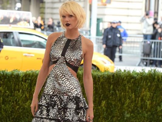 Auch Taylor Swift genießt ihren Urlaub.