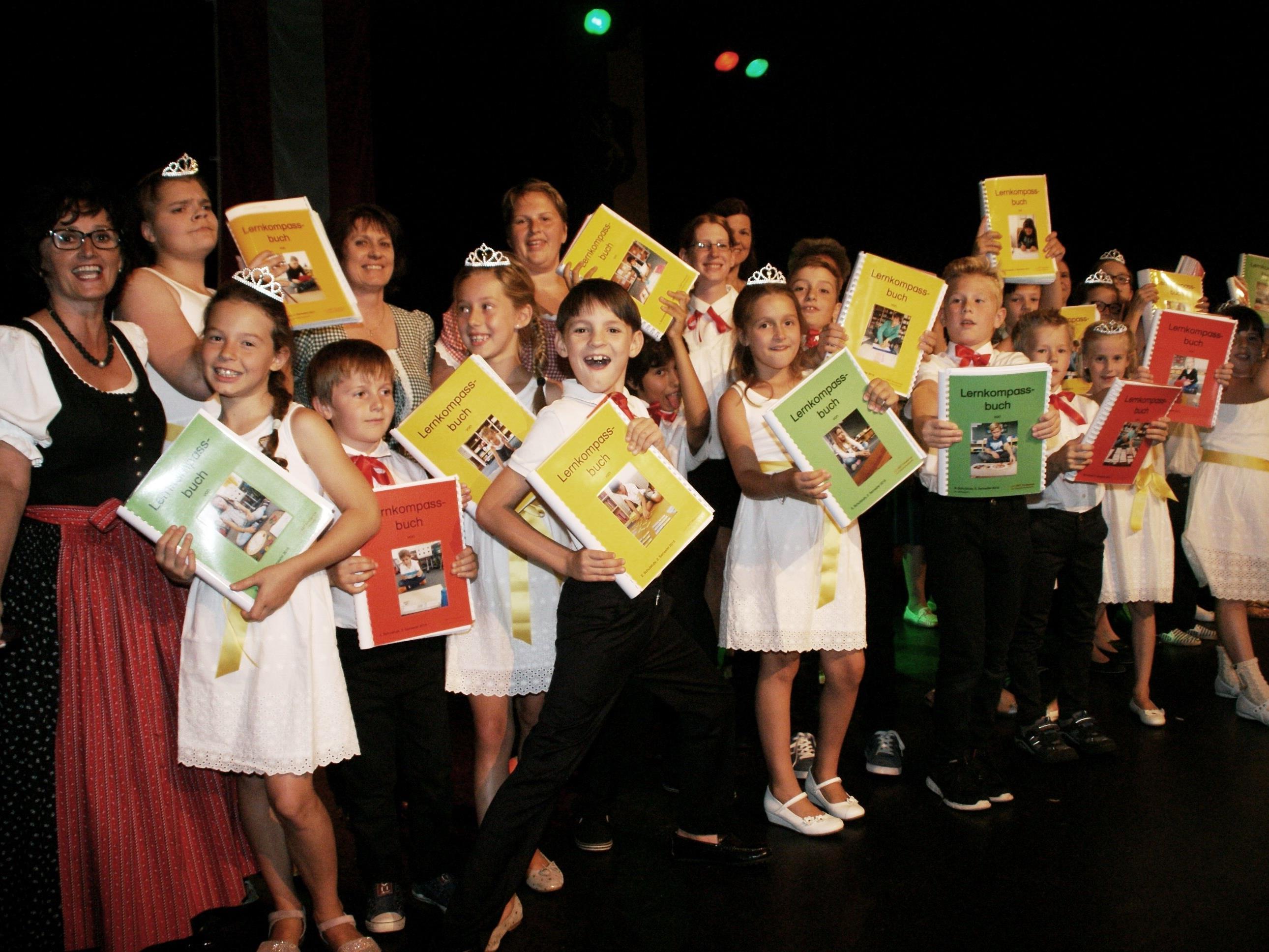 Ein fulminantes Showprogramm gab es im Löwensaal zum Schulabschluss
