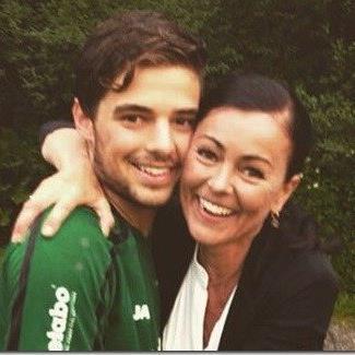 Jonas Gamper mit Mutter Renate will mit Langenegg zum zweiten Mal Meister mit einem Wälderteam werden